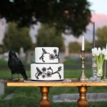 halloween-wedding-cake-580x386